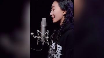 李雨婷热火歌曲合集翻唱天使般的烟嗓音超好听直击灵魂